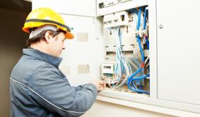 Impianto elettrico industriale: affidati solo a specialisti!